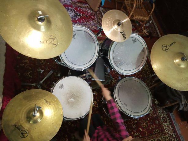 Ударная установка Tacton Sound, барабаны, тарелки Zildjian, плас. Remo