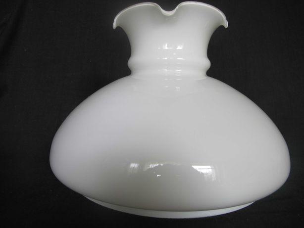 Duży szklany klosz z falbanką do lampy naftowej_otwór montażowy 242 mm