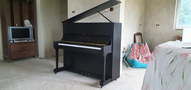 Pianino grotrian steinweg.M-124