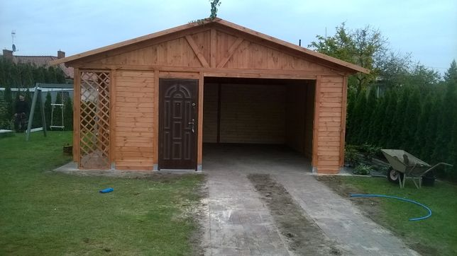 Garaż z drewutnią Grzegorz