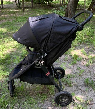 Прогулочная трёхколёсная коляска Baby Jogger City Mini GT