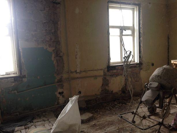 Срочно продам 1-ую квартиру на15 линии сталинка в стадии ремонта.обмен
