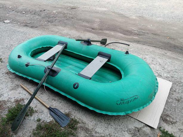 Продам двухместную надувную лодку
