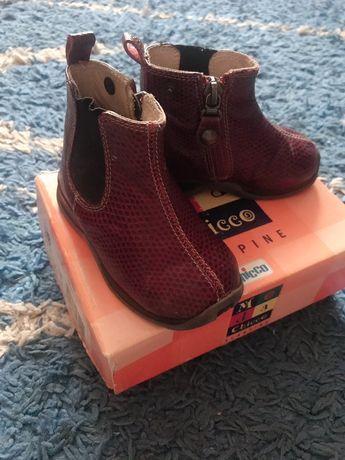 Продам ботинки Chico(ортопед),туфельки