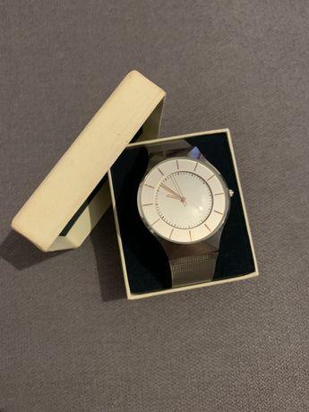 Zegarek srebrny Reserved