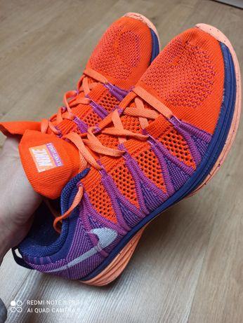 Buty sportowe Nike Flyknit Lunar 2 r 38.5
