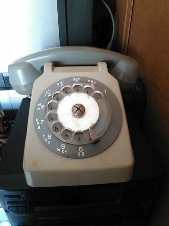 telefone antigo de roda