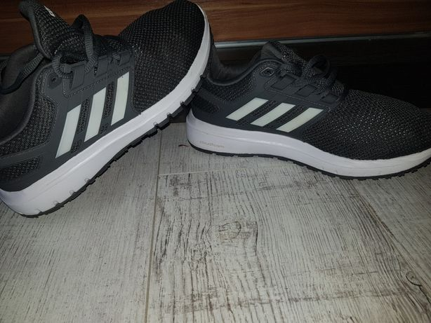 Sprzedam buty adidas r39,1/2 kazja!