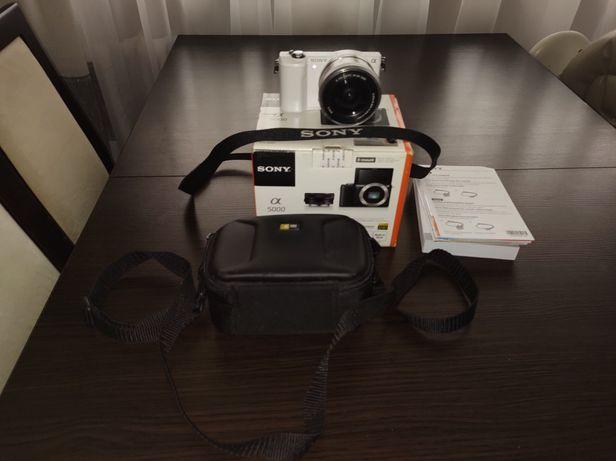 Sony Alpha 5000 mało używany. komplet+dodatki