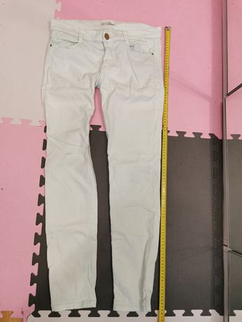 Jasnozielone seledynowe spodnie jeansy, 38(M)