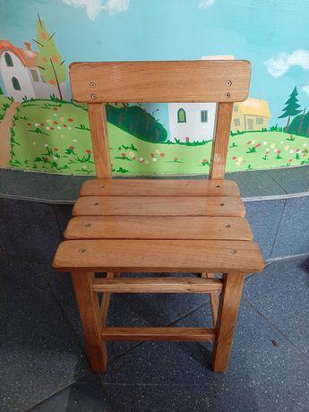 Стул детский деревянный