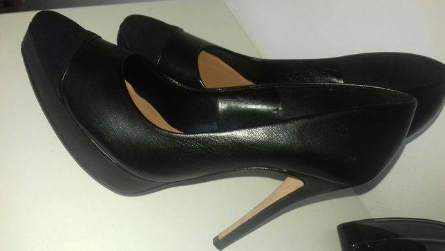 Sapatos de salto Zillian