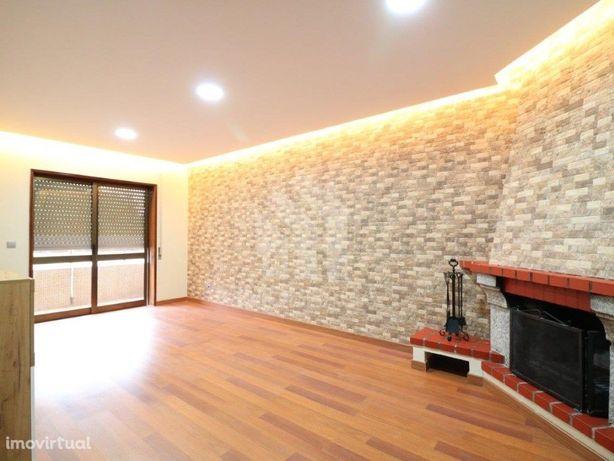 Apartamento T3 renovado, em S. Vitor, Braga