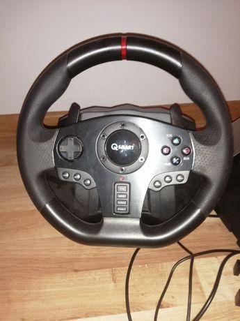 PlayStation 4 z padem + 5 gier + kierownica QSmart 900stopni