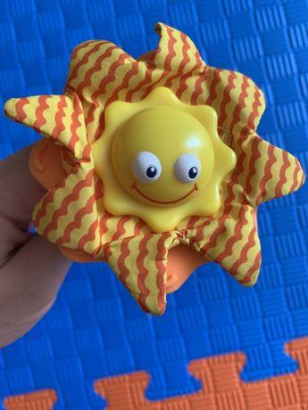 Фирменные игрушки Tiny love