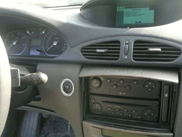 siedzenia Renault laguna II konsola nawigacja szyba licznik lusterka