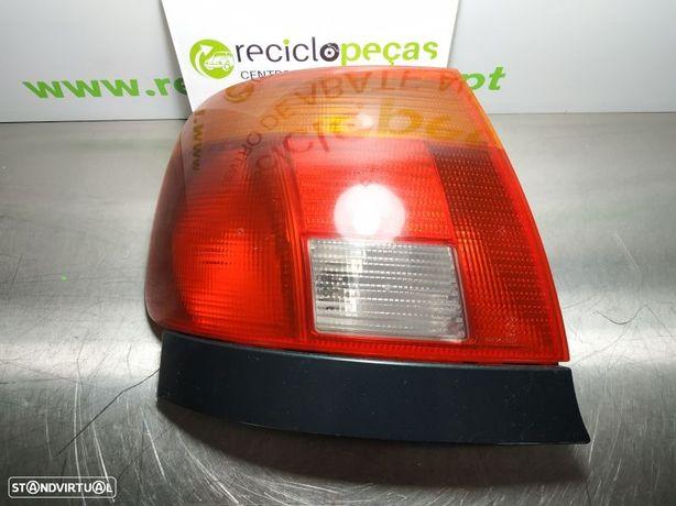 Farolim Traseiro / Stop Esq Audi A4 (8D2, B5)