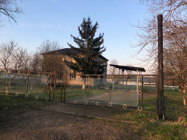 Майновий комплекс 3000 кв.м., 2,2 га Маріямпіль, Івано-Франківська обл
