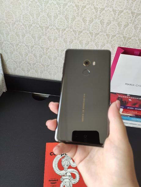 Смартфон Xiaomi Mi Mix 2 64 Gb