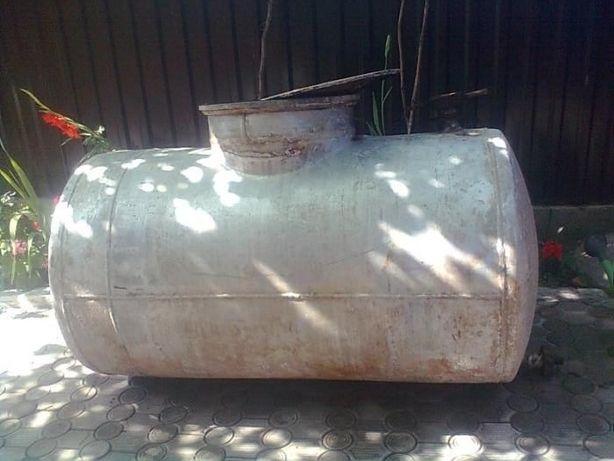 цистерна алюминиевая под горючее или др материалы V 1200л