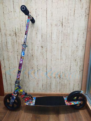 Самокат скутер на больших колесах