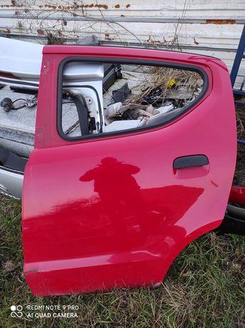 Drzwi lewy tył nissan pixo Suzuki Alto