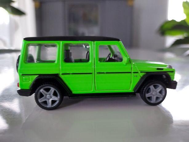 Mercedes benz,  g klasa , gelenda stan jak nowy , samochód na naped