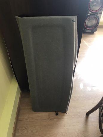 Półka bagażnika