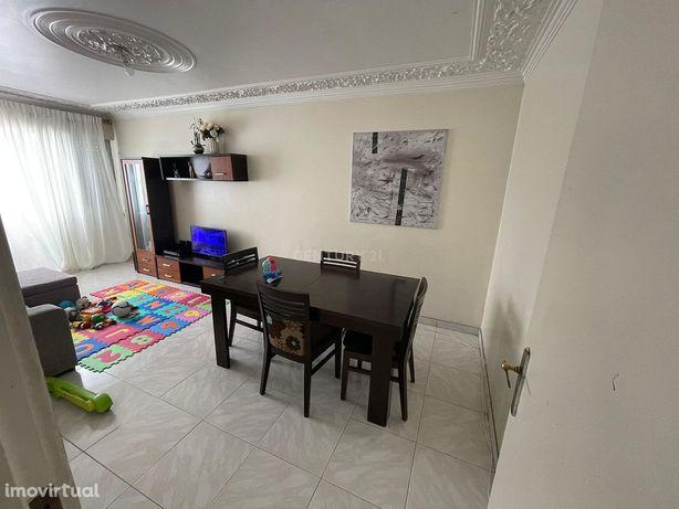 Excelente apartamento T3 em Alfornelos