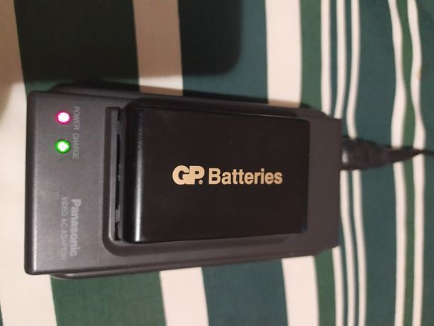 Зарядное устройство к видеокамере Panasonic NV-S850EN с аккумулятором