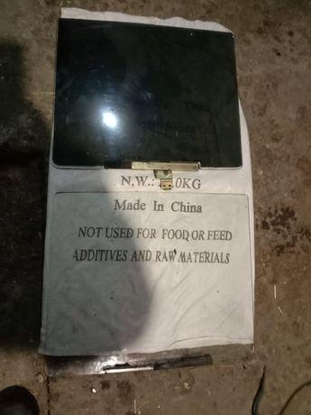 Продам стекло ВАЗ 2106