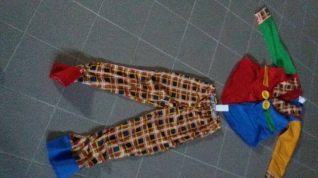 roupa de carnaval de palhaço