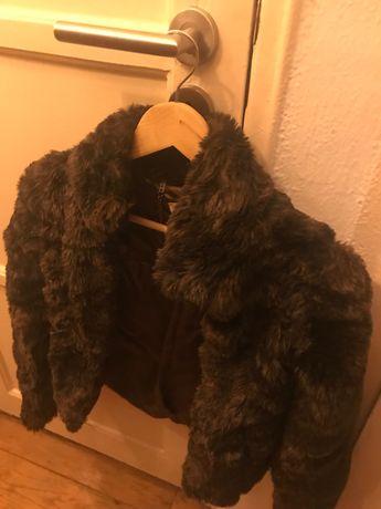 Casaco castanho de pelo sintético Pull&bear