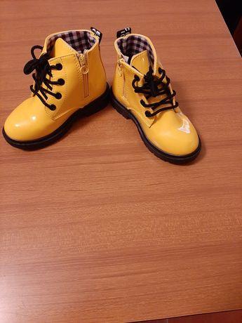 Botas menina tamanho 27