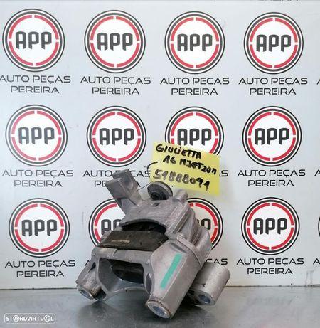 Apoio de motor Alfa Romeu Giulietta 1.6 Mjet de 2012, original, referência 51888091.