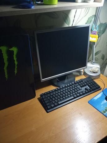 Обменяю на ноутбук