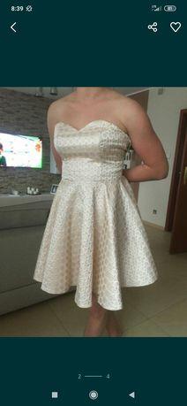 Sukienka S raz ubrana