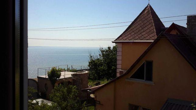 Комфортный отдых в Геническе с видом на море.