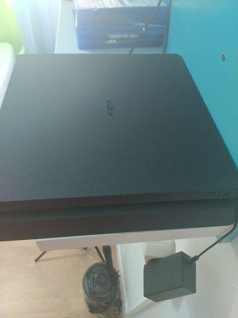 PlayStation 4 Tem 2 comando