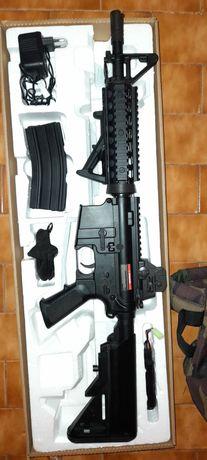M4 airsoft AEG legalizada pronta a jogar