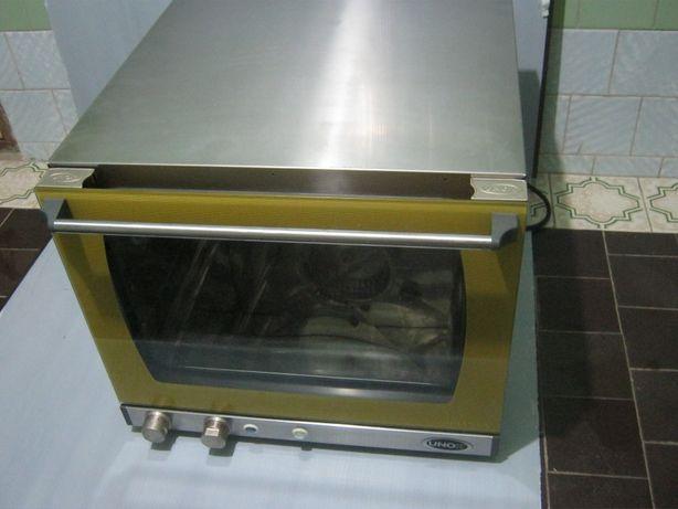 Печь пароконвекционная UNOX XF133 б/у с витриной