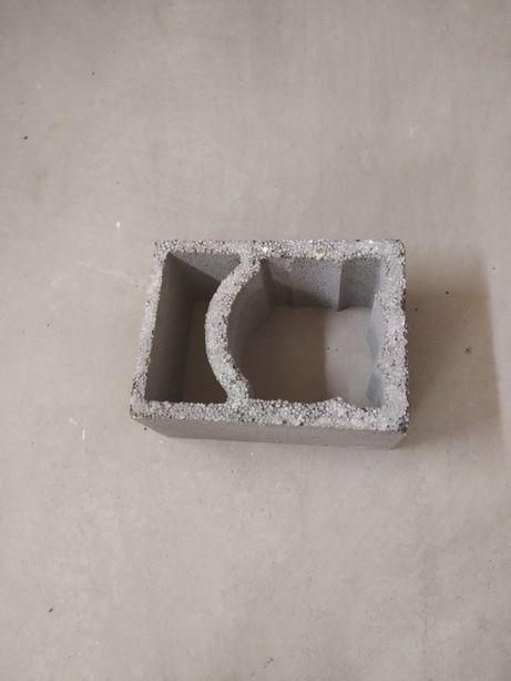pustak kominowy karemzytobetonowy pekebet uniwersal fi 200 mm