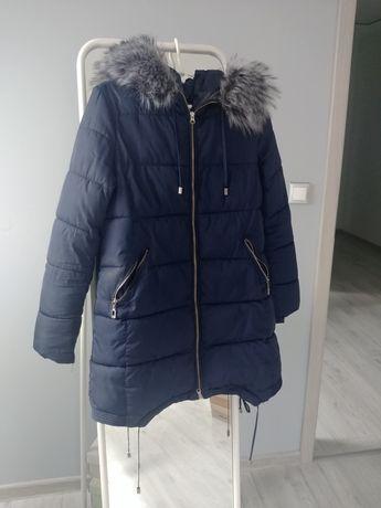 Ciepła kurtka zimowa z kapturem liskiem M