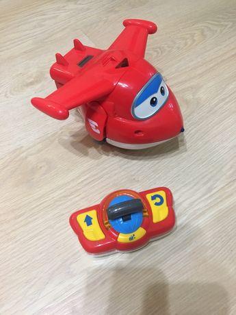 Интерактивная игрушка самолет- трансформер Джетт 1500 руб