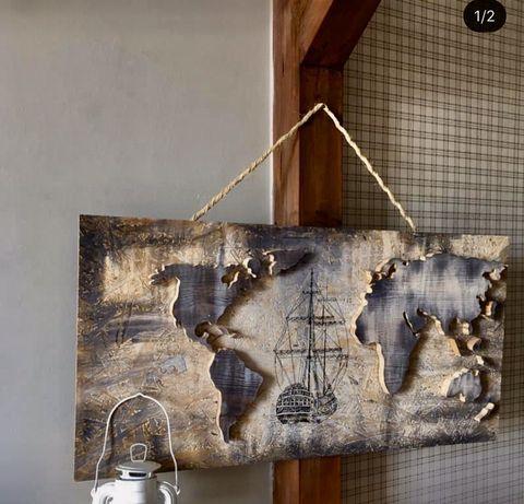 Mapa swiata , obraz na drewnie