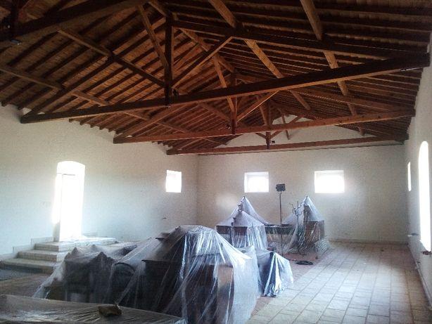 Pinturas acabamentos e renovação da sua casa.