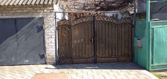 Продам дом в Докучаевске (Донецкая обл)