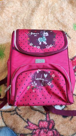 Продам рюкзак шкільний