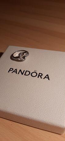 Pierścionek Pandora