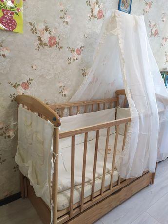 Кроватка с маятником матрас балдахин бортики постельное